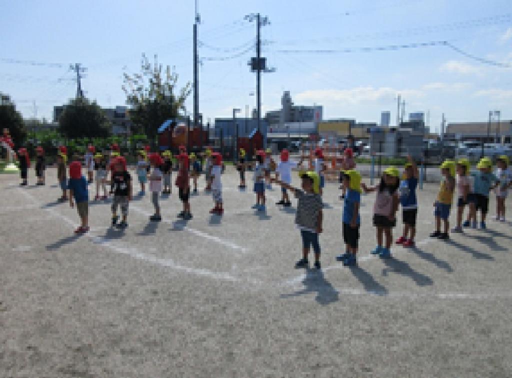ともっこ保育園・運動会の練習2